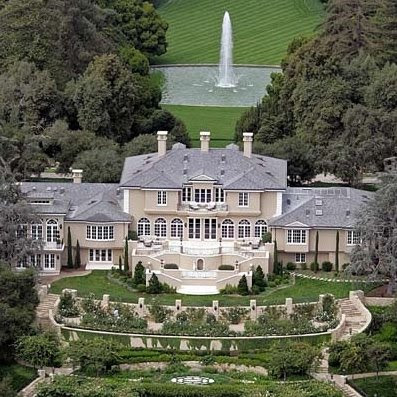 Pearl 39 s window oprah 39 s 50 million dollar home evacuated for California million dollar homes