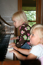 Cute pianists