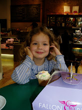 Catalina loves cupcakes