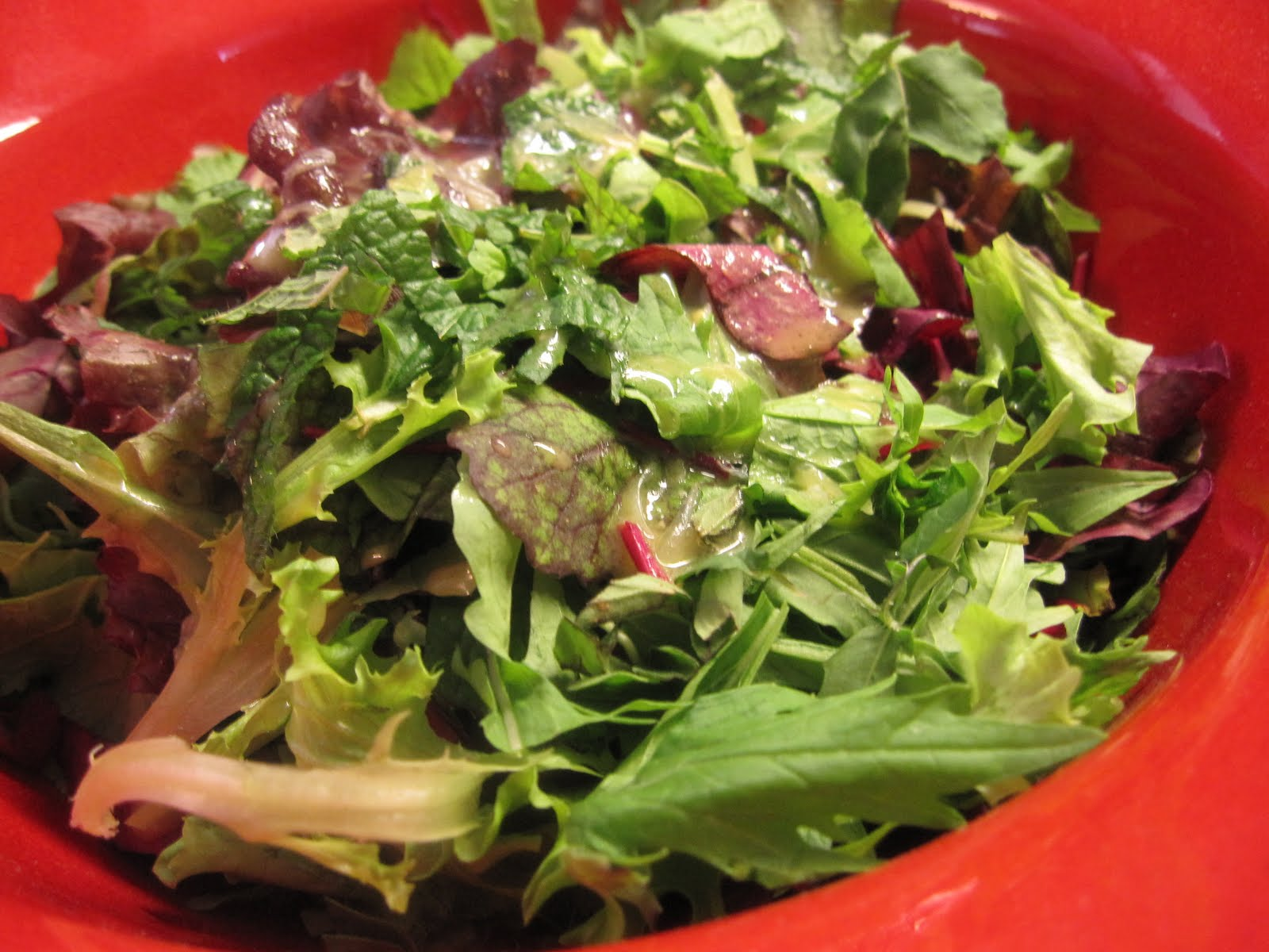 mixed green salad with honey caper vinaigrette from salad dressing 101 ...