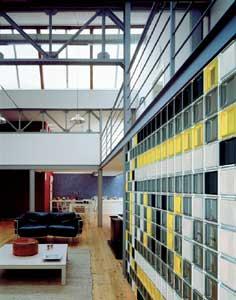 Mattoni di vetro casa servizi for Costo di costruzione casa di mattoni