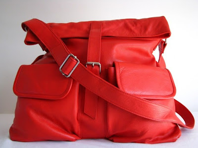red messenger by the Leather Store