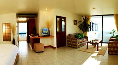 โรงแรม เนินชเล