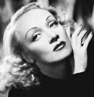 Marlene Dietrich s Violet