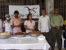 """Fundación Virgilio Santos y la Administración de los comedores económicos inauguran Expendio de comidas en """"Las Palmitas"""" SC."""