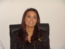 ALCALDE LUIS PAVOLO DESIGNA A ADA AIMEE DE LA CRUZ ENCARGADA DEL REINADO DE LAS PATRONALES DE VILLA 2011