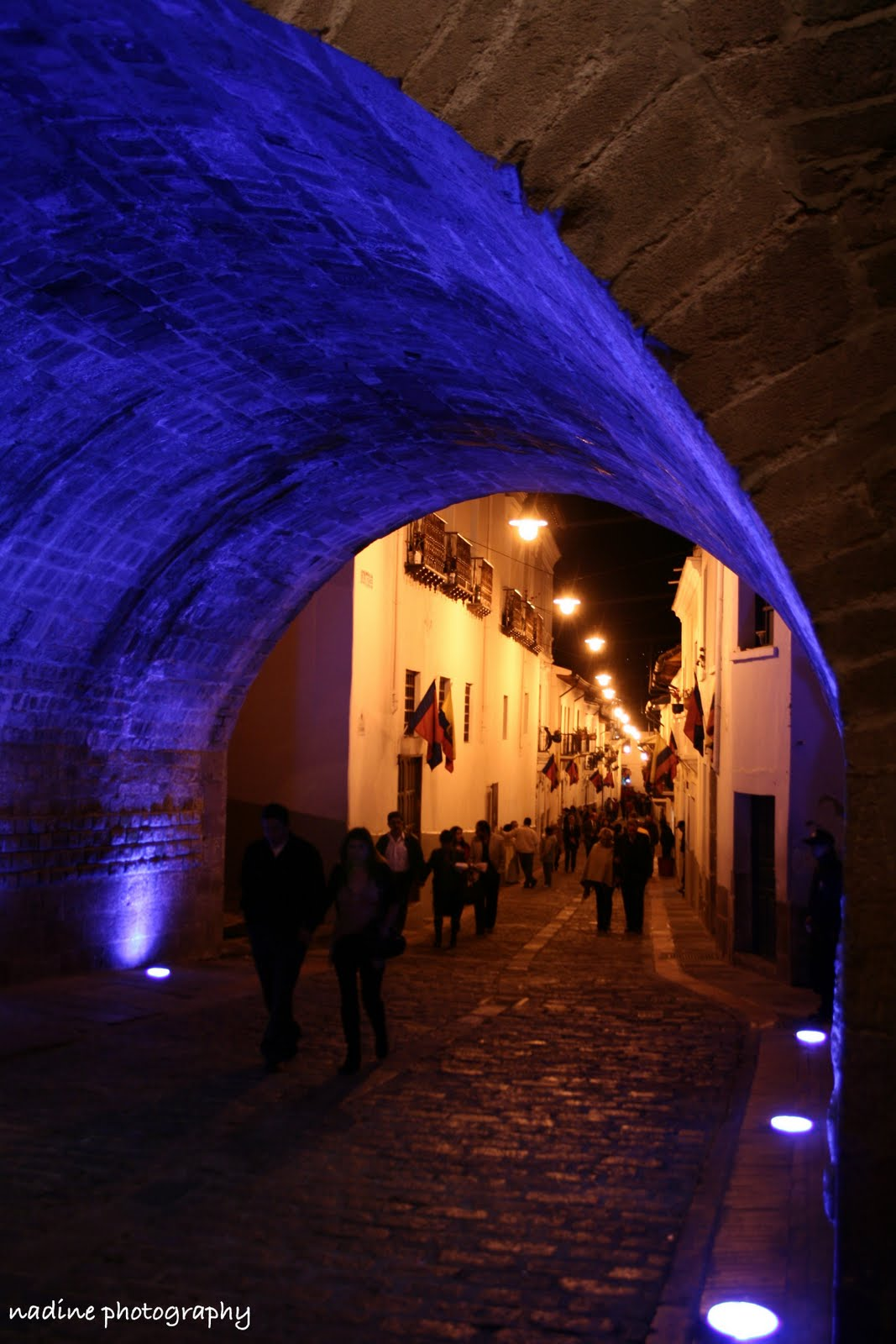[quito+tunnel]
