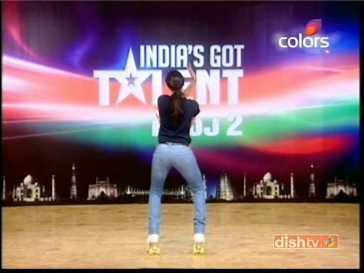 The Adventures Blog Deepika Padukone Performing At India