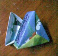 พับกล่องสามเหลี่ยม โอริงามิ