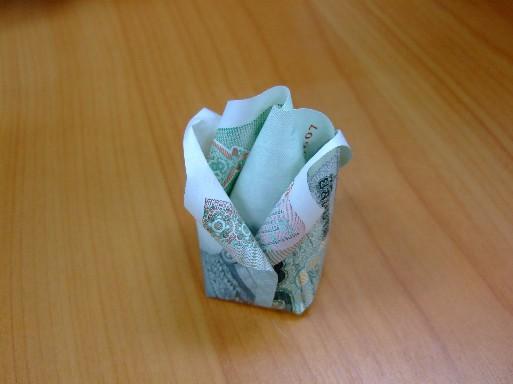 สอนวิธี พับ ทำ กุหลาบ ด้วยกระดาษ กระดาษธนบัตร แบงก์  ,วิธีทำ พับ  กุหลาบ   ทำ กุหลาบด้วยกระดาษธนบัตร แบงก์ how to   fold rose from banknote dollar ,how to make diy rose banknote dollar,how to fold banknote rose,folding rose,paper rose   ,fold rose from banknote dollar ,woven paper banknote dollar rose