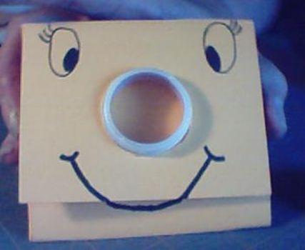 วิธีทำกระเป๋า กระเป๋ากล่องนม วิธีสาน วิธีทำ กระเป๋าใส่เศษตังค์ กระเป๋าใส่เหรียญ กระเป๋าเงิน กล่องนม กล่องน้ำผลไม้ กล่องกระดาษ กล่อง ของใช้แล้ว ลดขยะ รีไซเคิล วัสดุเหลือใช้ ไอเดีย