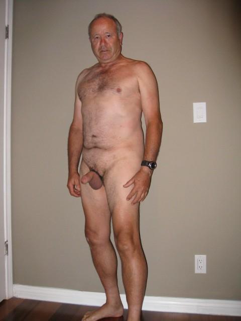 sd225136 Old man young girl porn tube