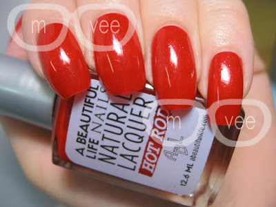 Soy-based nail polish red colour