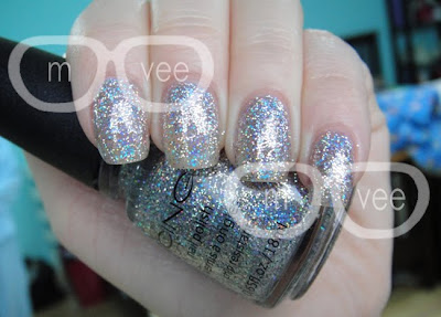 Icing Glamorous swatch
