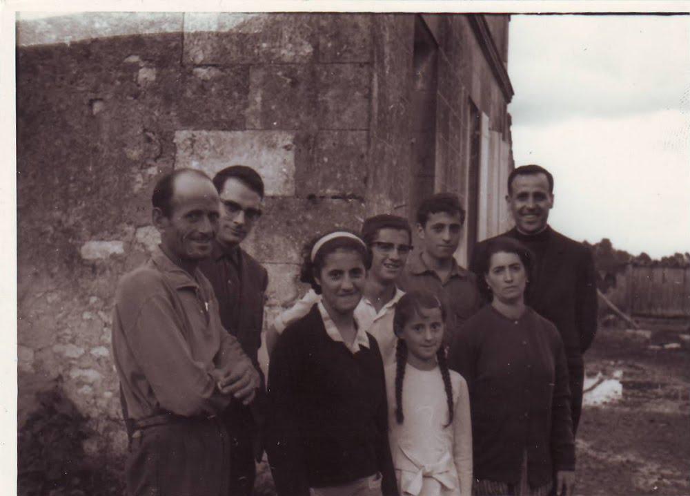 <strong>VERANO DE 1964 EN <em>SAINT CIERS DU TAILLON<br> [Charente Maritime], Francia</em></strong>