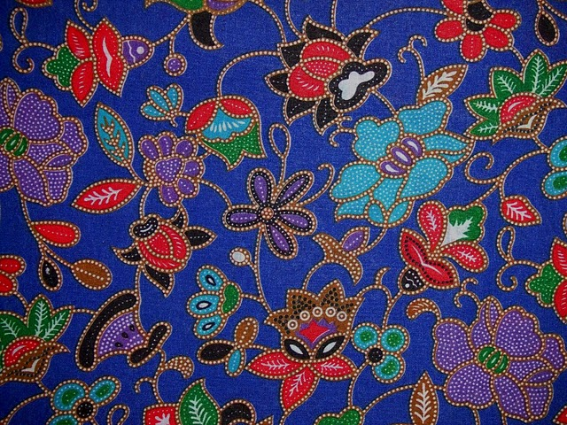 Indonesia Tourism: Batik : Traditional Fabric of Indonesia