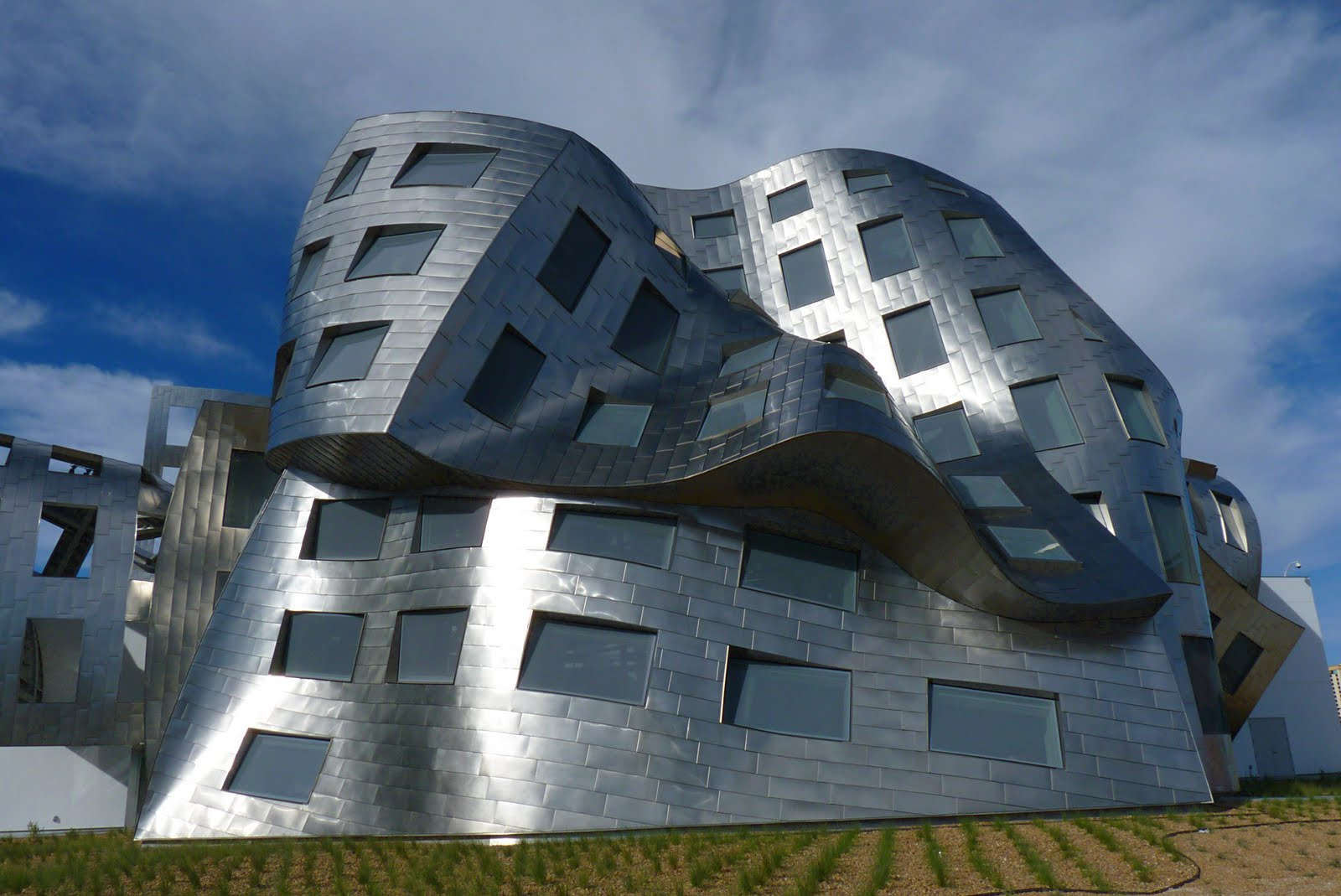 frank gehry architecture: