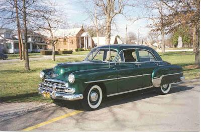Myoldcars 1952 chevrolet 4 door deluxe sedan for 1952 chevy 4 door