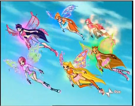 [all+the+winx+club+girl+expect+layla+roxy+flying.bmp]