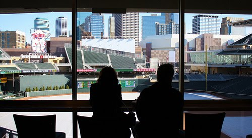 Dispel the idea that target field is indeed attractive comprende