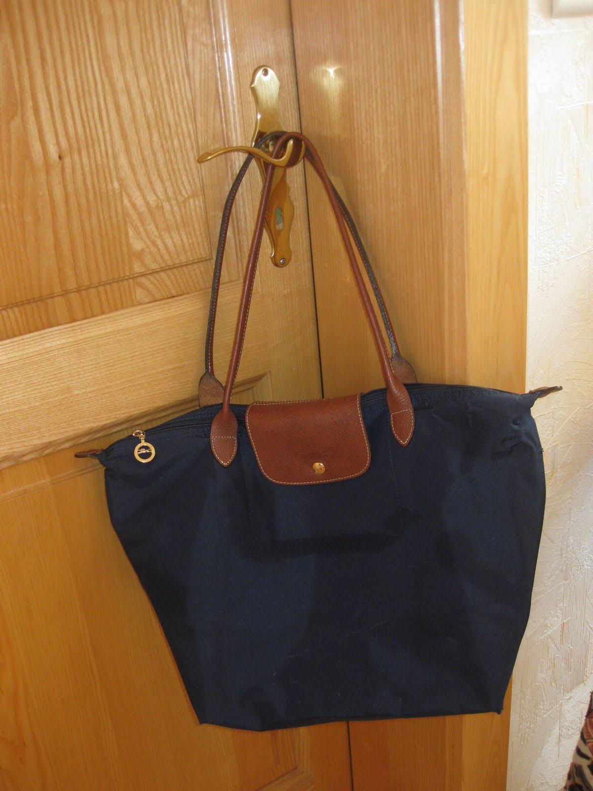 Sac Longchamp Bleu navy, 58€, 31x30x19 cm (utilisable pour les cours ...