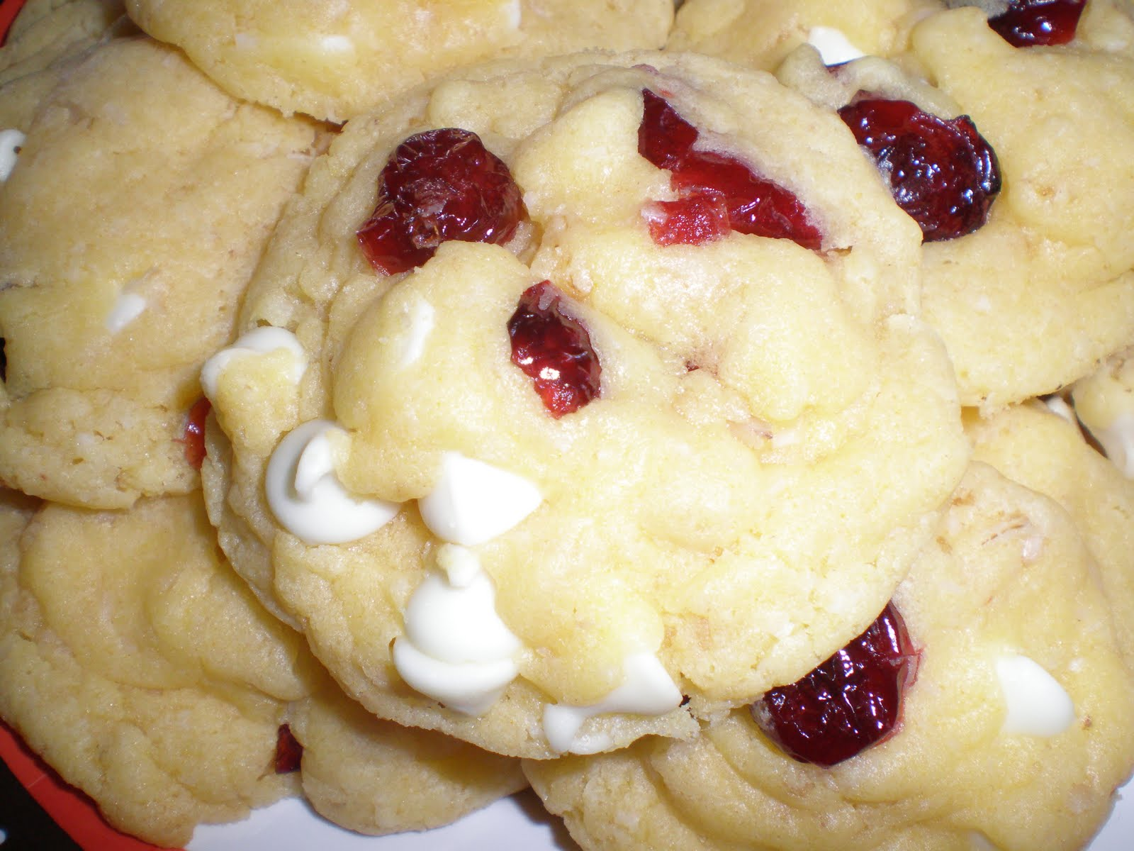 Savvy Chef: Oatmeal Cranberry White Chocolate Cookies