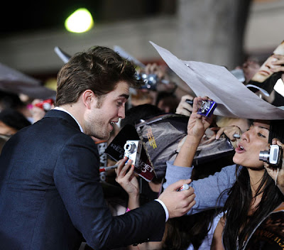 kristen stewart and robert pattinson new moon premiere. The Twilight Saga: New Moon