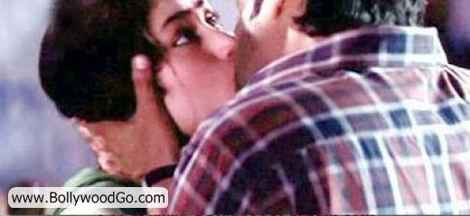 http://2.bp.blogspot.com/_uJ-SDPxtYh8/TMsA5XBz_FI/AAAAAAAALD0/N49y05at8Po/s1600/Kareena+Kapoor+and+Fardeen+Khan.jpg