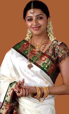 Bhoomika Chawla in South Indian Gold Jewelry