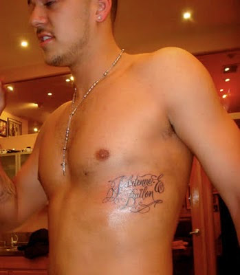 Rob Kardashian Tattoos - Celebrity Tattoo Rob Kardashian Ribcage Tattoo