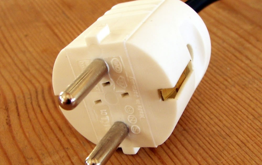 das blog fitting a german continental european plug rh blog andie org uk Pollak Trailer Plugs Wiring-Diagram 3 Prong Plug Wiring Diagram