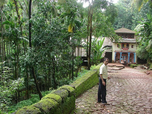 Doothapapeshwar temple destination konkan for Konkan home designs