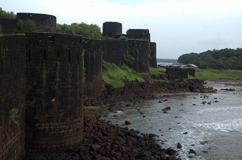 fort vijaydurg destination konkan