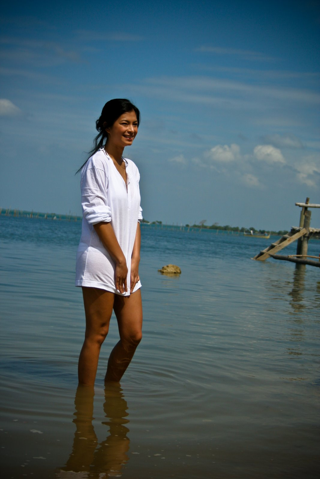 Hot Candy Girls: Angel Locsin on Cosmopolitan Magazine