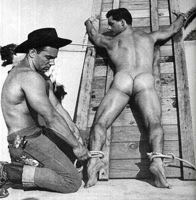 Голый ковбой гей фото