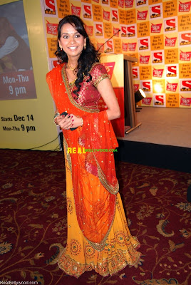 Shalini Khanna at the launch of serial Sajan Re Jhoot Mat Bolo