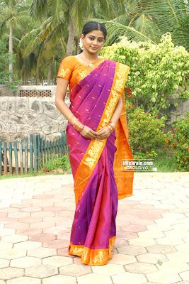priyamani in Kanchipuram Silk saree