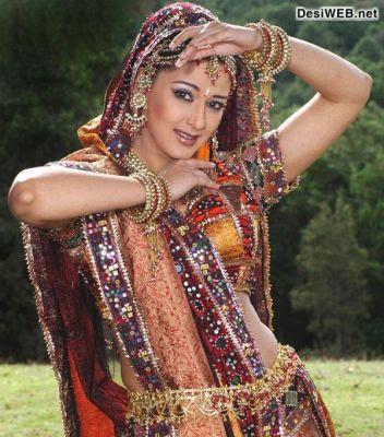 Sonali Bendre In Mirror Work Designer Saree