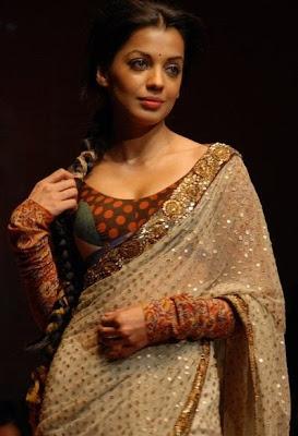 Blouse Design: Full sleeves blouse