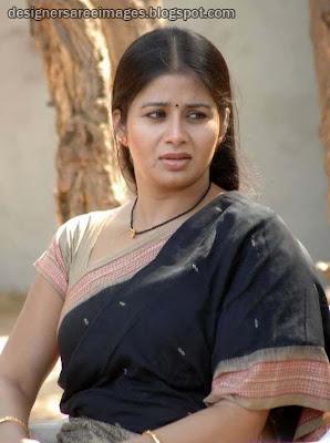 Sangeetha in Handloom Cotton Saree