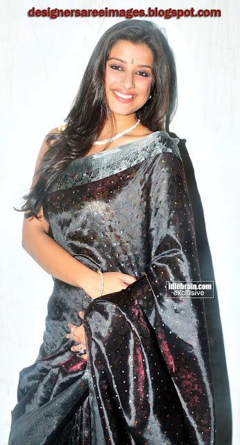 Madhurima in Black Silky Saree with Sleeveless Sari Blouse stills