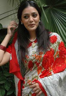 Actress Parvathi Melton Saree Pictures