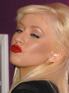 Christina Aguilera - Celebrity Duckfaces