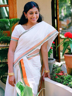 Mallu Actress Padmapriya in White Kerala Cotton Saree