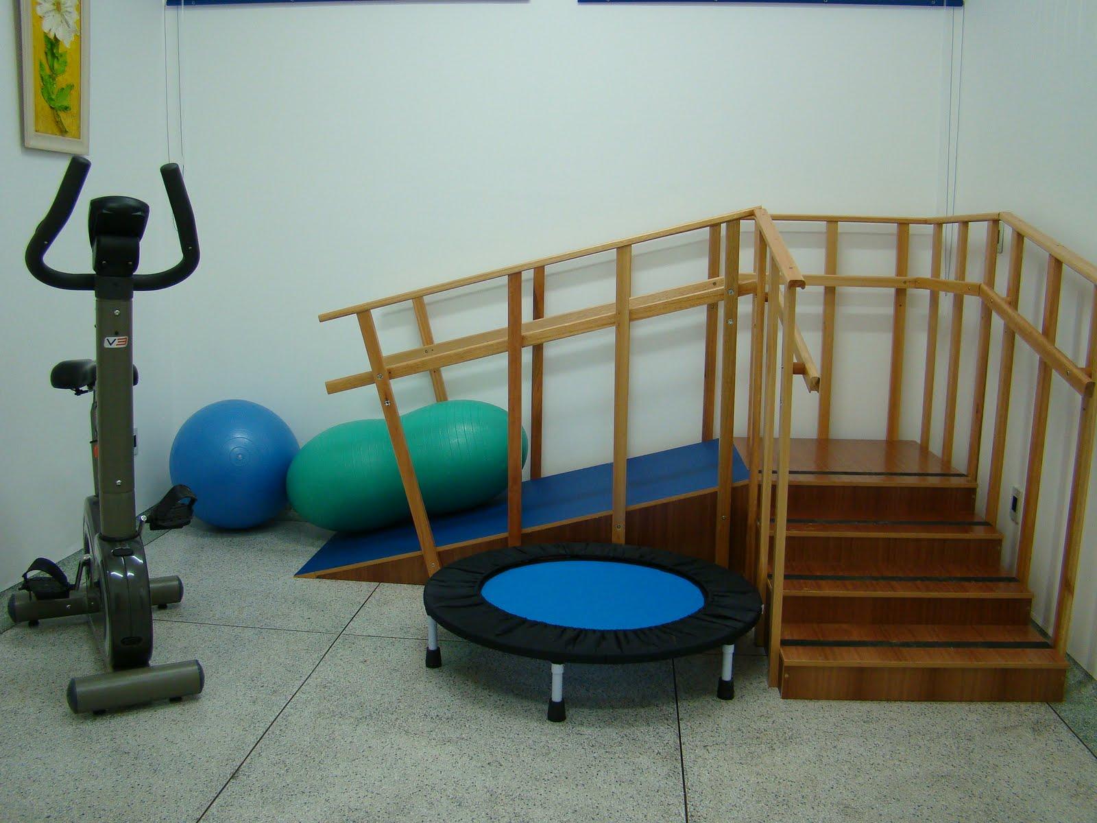 http://2.bp.blogspot.com/_uNk97dbB450/S_LcQSbAntI/AAAAAAAAAmA/mpIt5aRw_LU/s1600/Parte+dos+aparelhos+a+serem+utilizados+na+fisioterapia.jpg