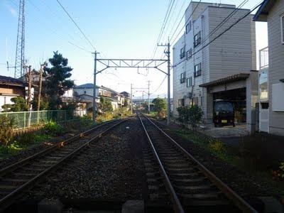 越前開発駅の反対側