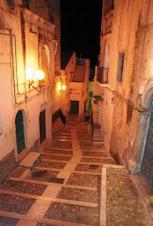 Centro storico Rodi via Chiesa del Crocifisso