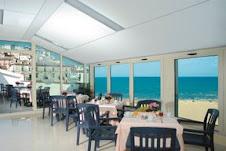 Sala colazione con vista su Rodi