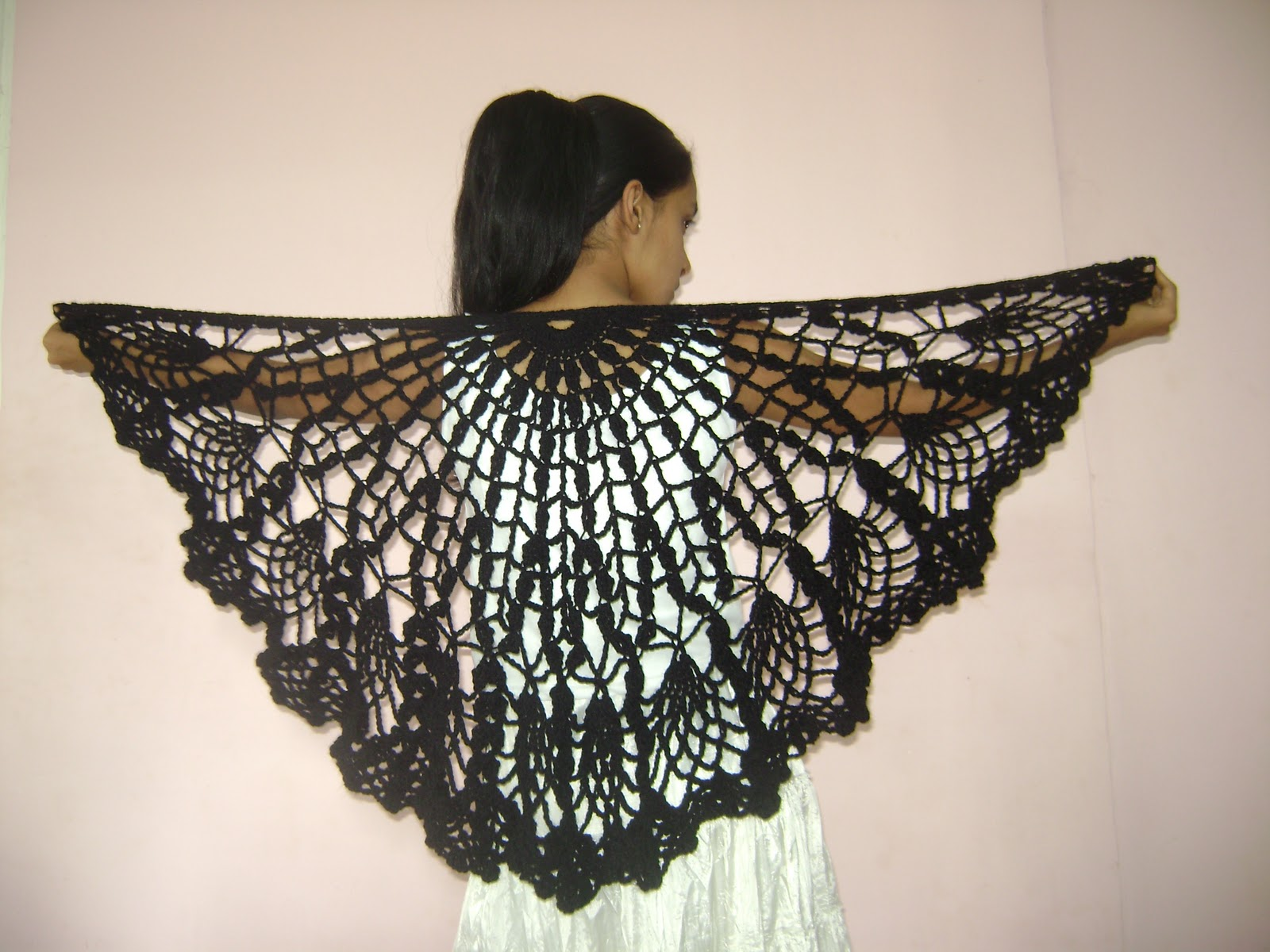 Crochet Beginner Shawl Pattern : Free Crochet Pineapple Shawl Pattern images
