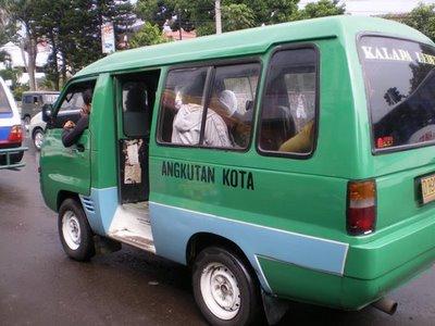 Sewa Mobil Kota Bandung on 10 Tips Dan Trik Bagaimana Men Carter Angkot Di Kota Bandung